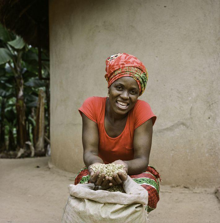 Jesca Kangai, 35, mora no vilarejo Pagenti, localizado no distrito Mutasa, leste do Zimbábue. Ela cultiva ...
