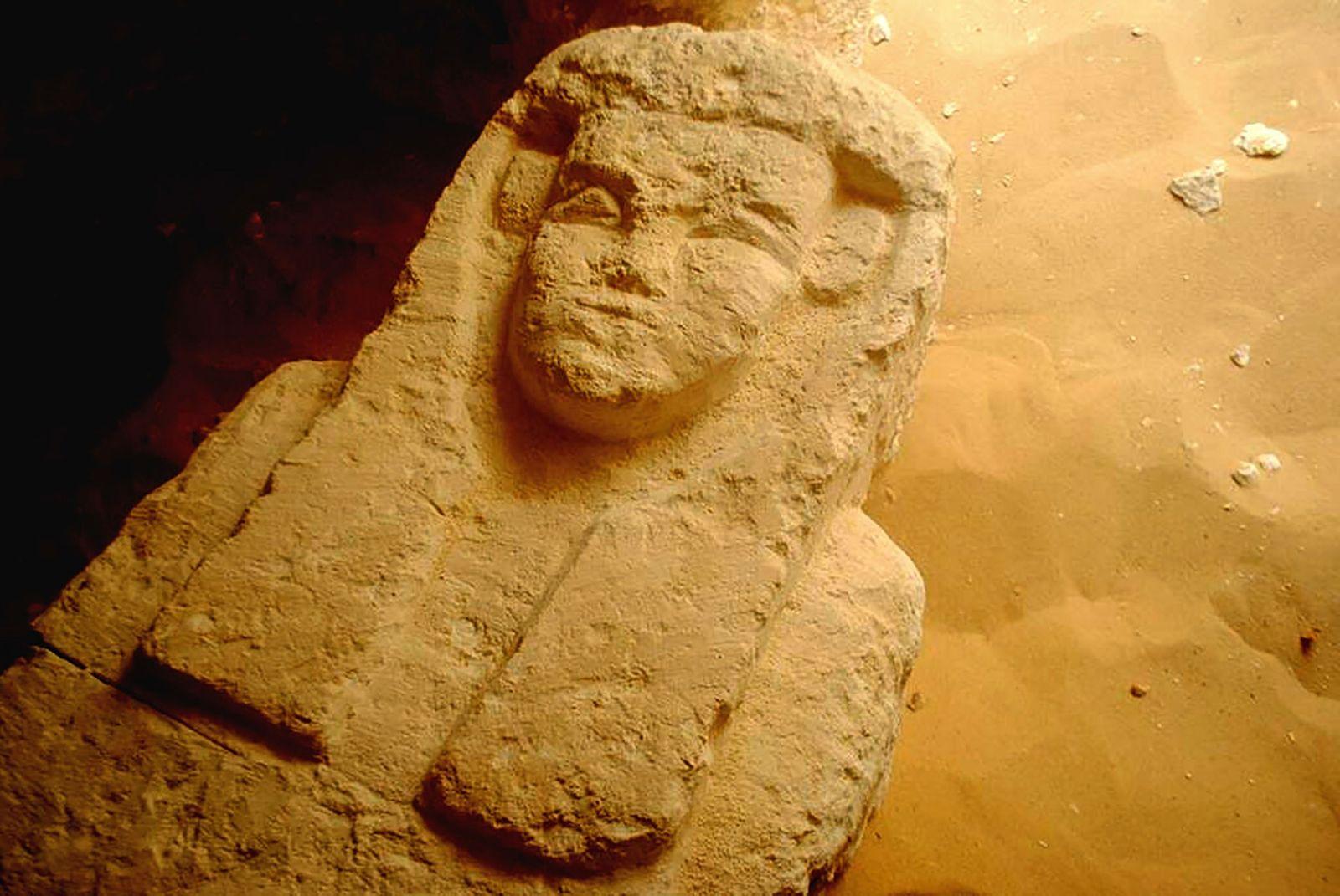 01-egito-antigo-novas-tumbas-encontradas