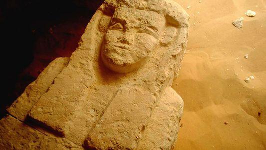 Três tumbas de 2 mil anos são descobertas no Egito