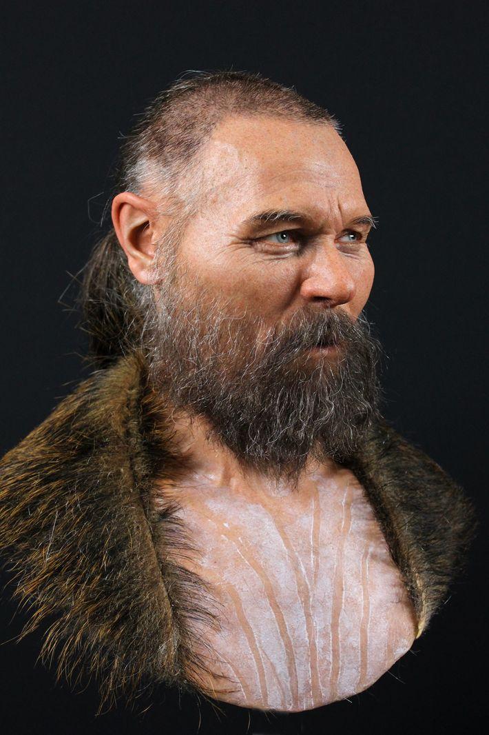 O crânio parcial utilizado para reconstituir o rosto deste homem foi descoberto com outros crânios humanos ...