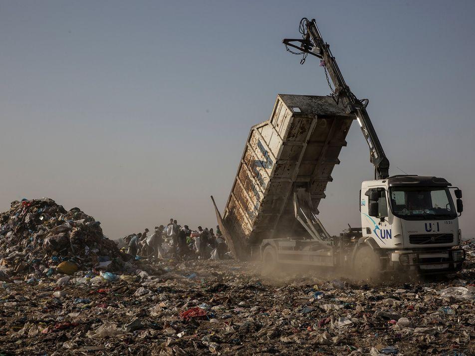 Plástico na Faixa de Gaza: bênção e maldição ao mesmo tempo