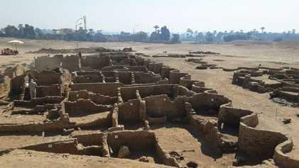 Luxor, a cidade de ouro perdida, é redescoberta por arqueólogos no Egito
