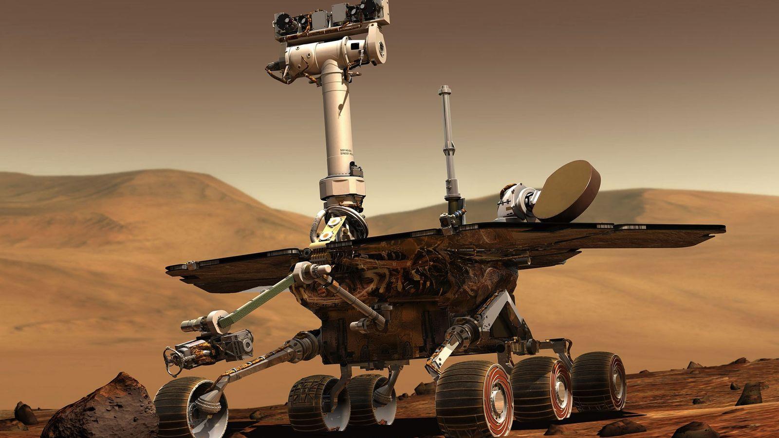 Em janeiro de 2004, os rovers gêmeos Spirit e Opportunity pousaram em lados opostos de Marte ...