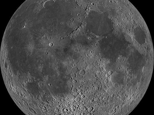 Lua pode ter atividade tectônica –  e a novidade abalou os geólogos