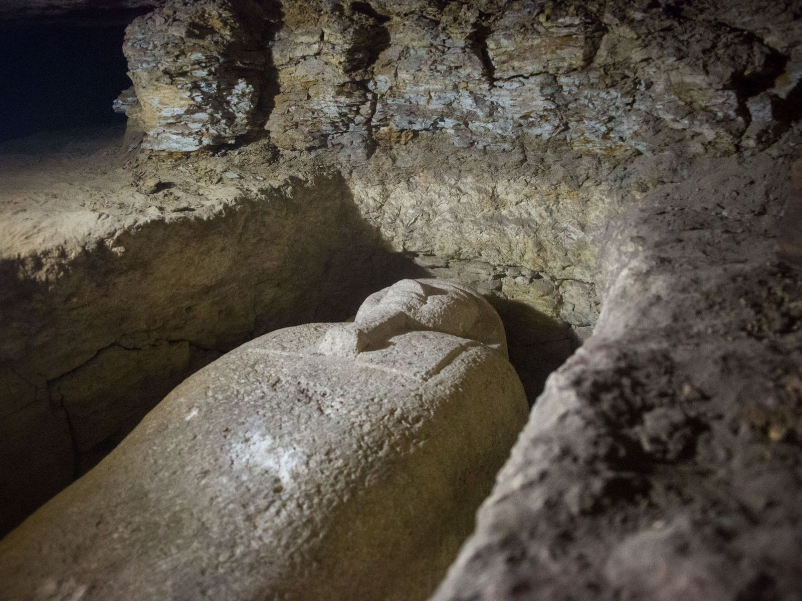 descoberta-necropolis-egito