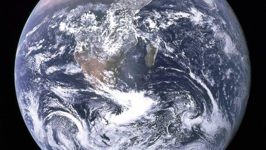 Não, nós não corremos perigo com a inversão do campo magnético da Terra