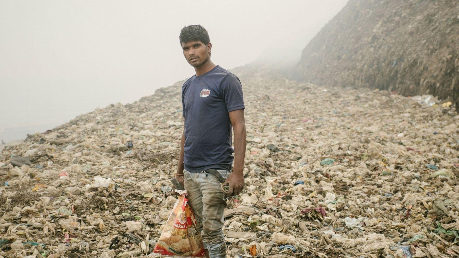 01-reciclador-delhi-poluicao