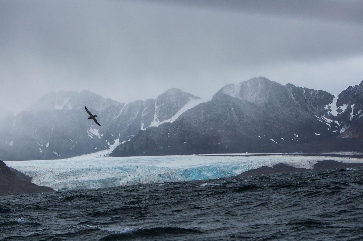 ilhas-svalbard-gelo