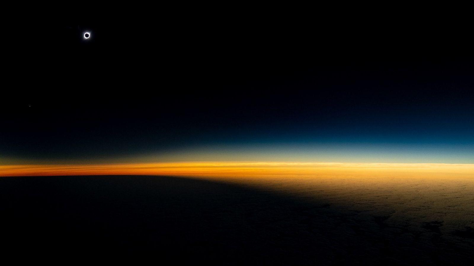 O eclipse total do Sol foi visto no Chile (foto) e na Argentina.