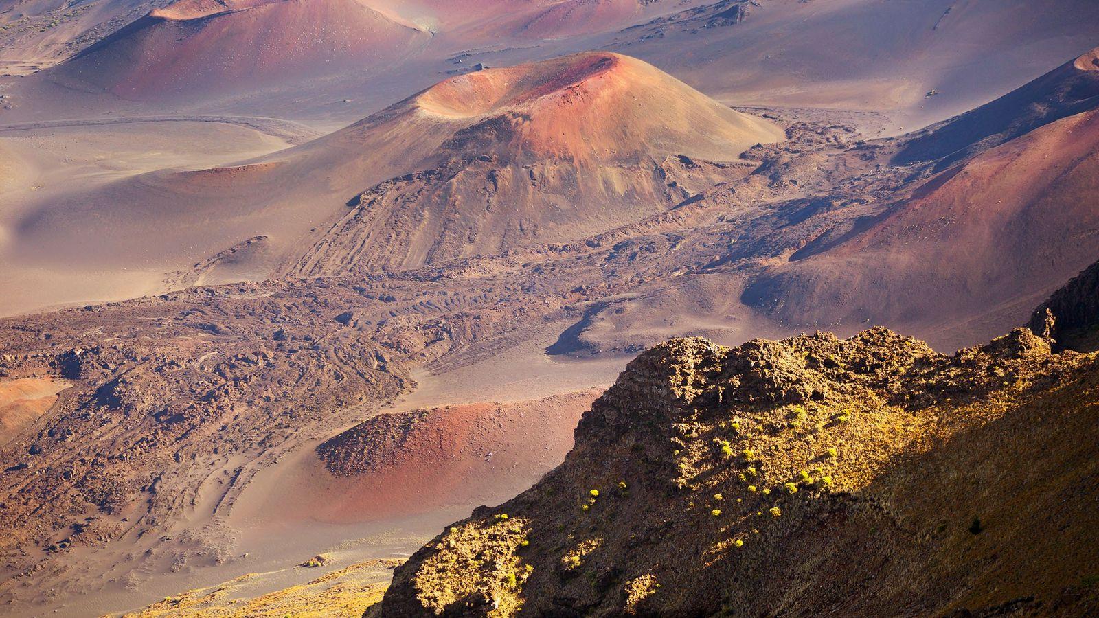 O cone de cinzas Pu'u o Maui faz parte de um vulcão adormecido no Parque Nacional ...