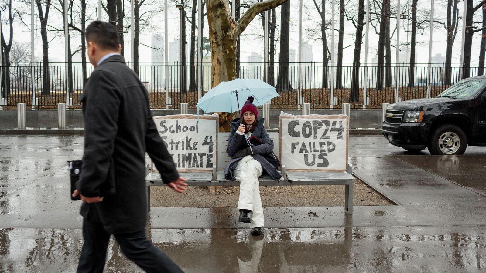 Alexandria Villasenor, 13, mata aula toda sexta-feira para fazer greve em nome das mudanças climáticas. Toda ...