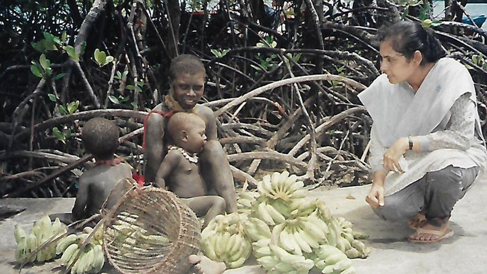 A antropóloga Madhumala Chattopadhyay passou seis anos documentando os povos das Ilhas Andaman.