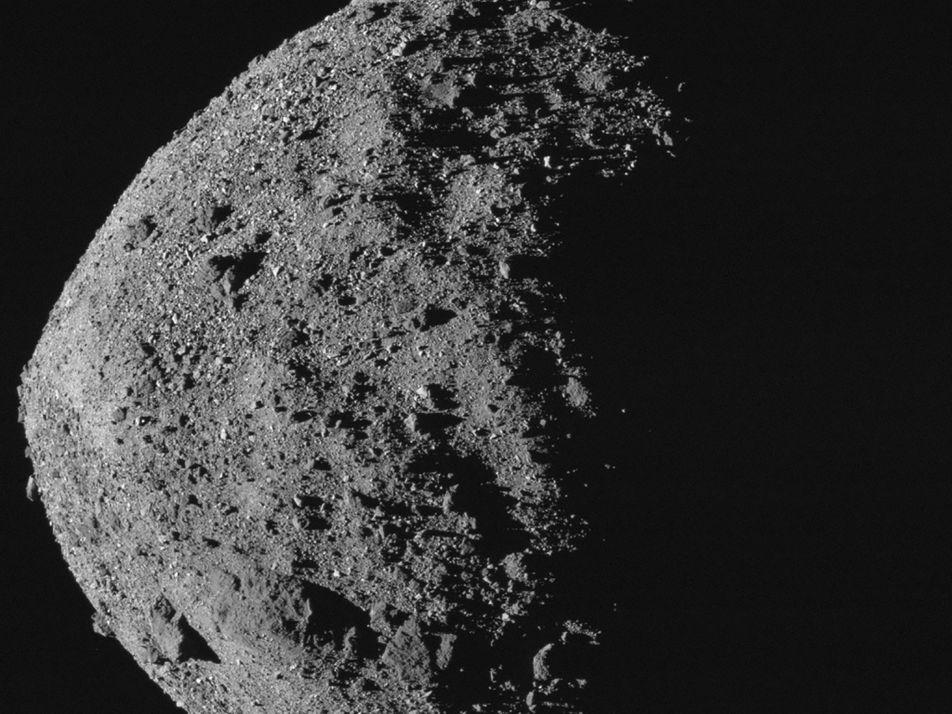 Asteroide com maior chance de se chocar com a Terra, Bennu preserva elementos essenciais para a ...