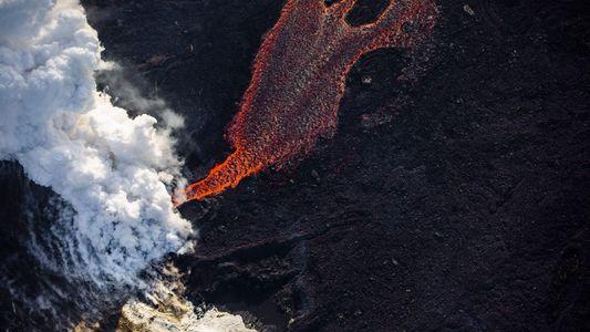 Fotos: Veja como a erupção de um vulcão está reconfigurando a paisagem do Havaí