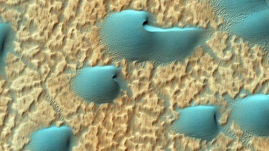 """Conheça o """"jipe"""" da Nasa que tem feito descobertas incríveis em Marte"""