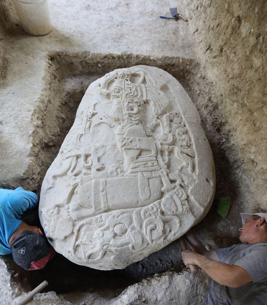Com quase 1,5 mil anos de idade, um raro altar de ritual descoberto em La Corona ...