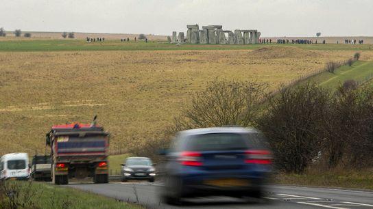 Trecho congestionado por tráfego em rodovia próximo ao Stonehenge será substituído por túnel, anunciou o governo ...