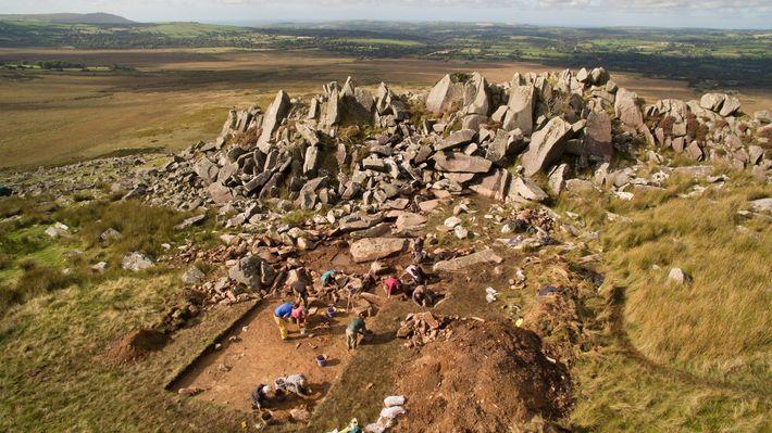 Os arqueólogos já há muito acreditavam que as pedras azuis do Stonehenge teriam vindo de locais ...