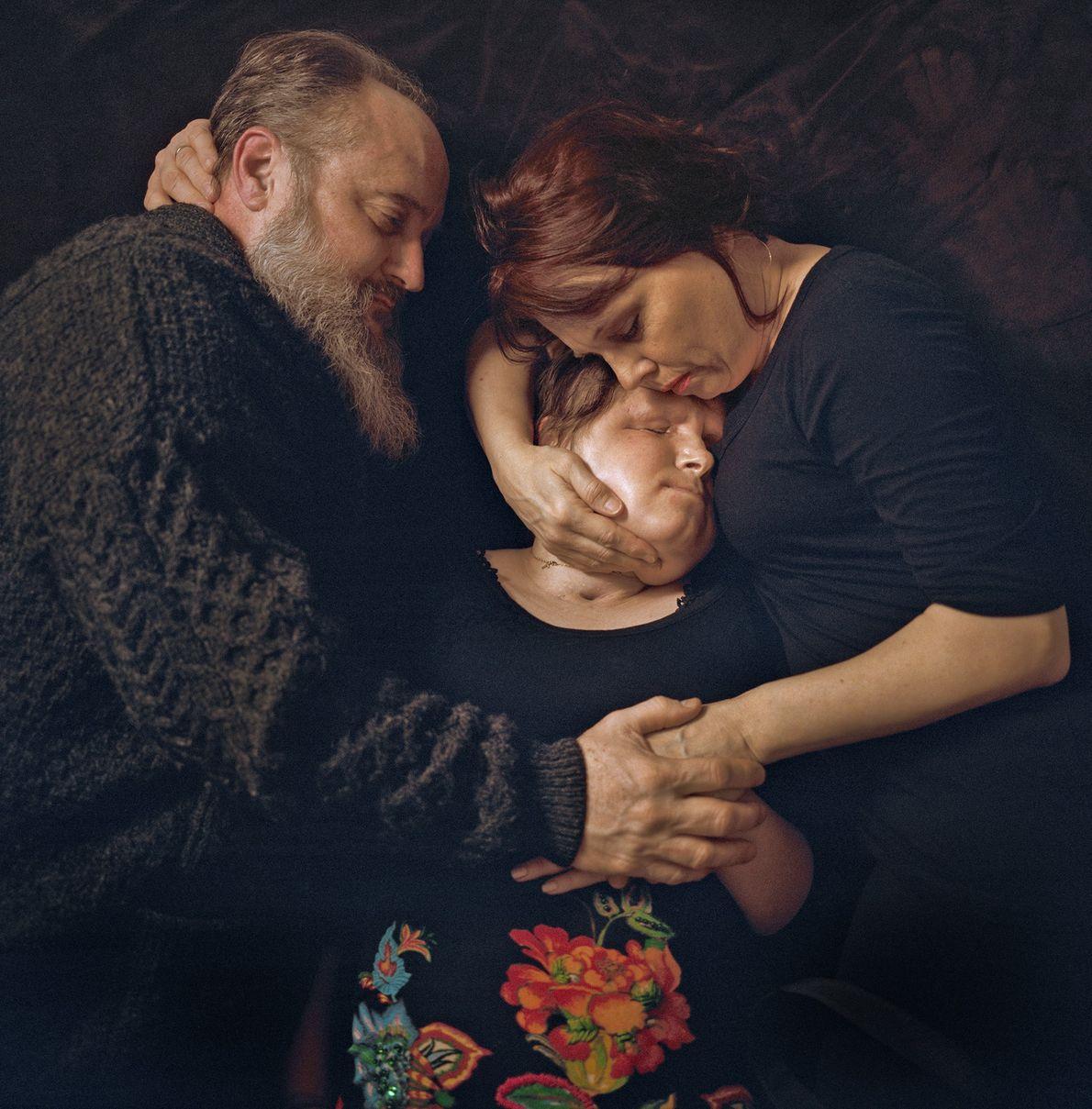 Determinados a ajudarem sua filha a viver uma vida tão normal e proveitosa quanto possível, Robb ...
