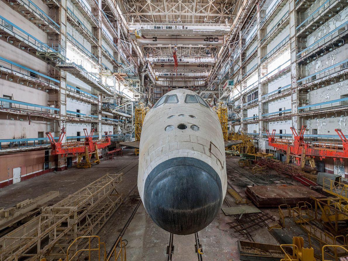 Frente da nave espacial soviética Buran