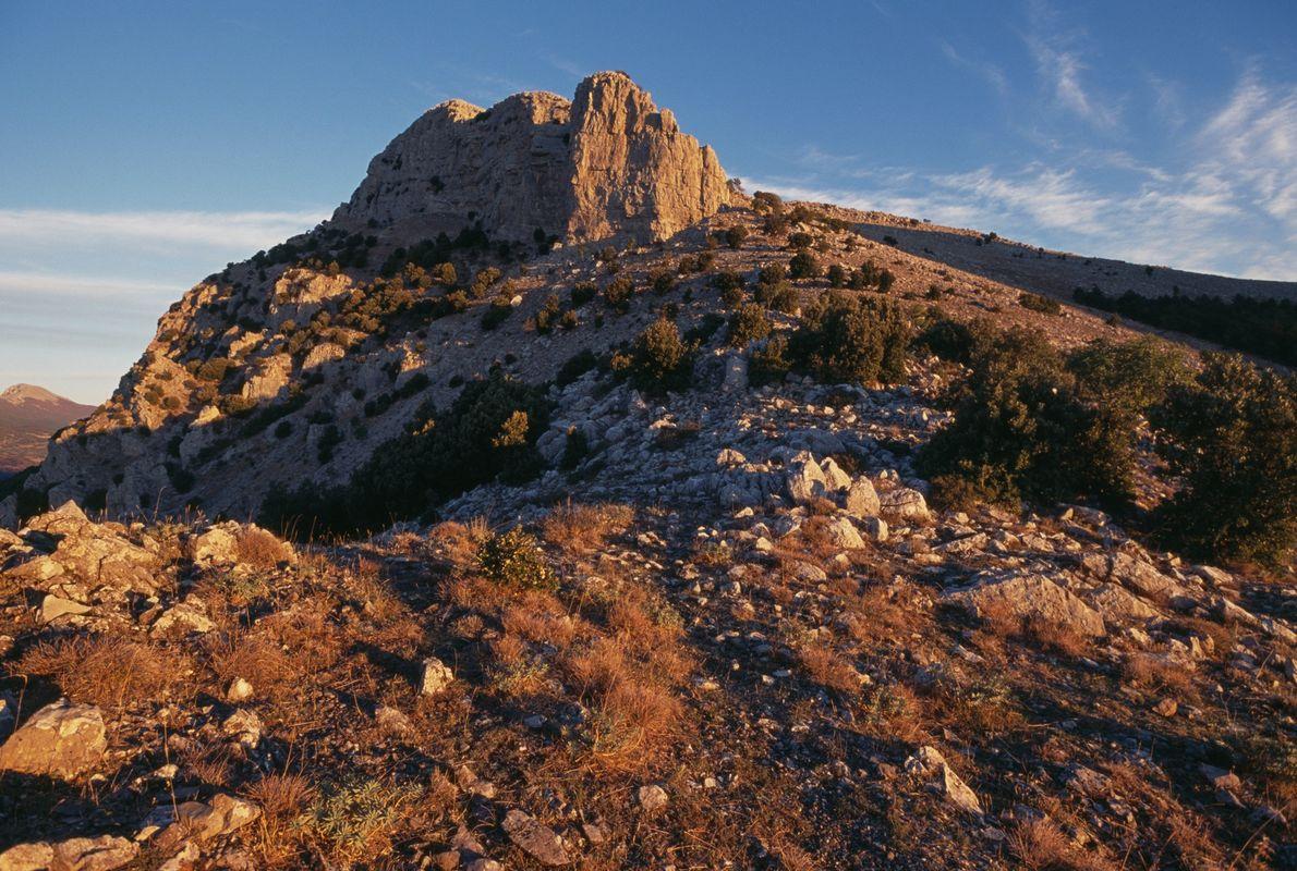 Os altos e remotos picos das montanhas do Parque Nacional de Pollino ajudaram a preservar o ...
