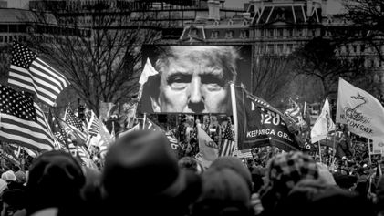 Fotos assustadores mostram o caos em invasão do Capitólio dos EUA