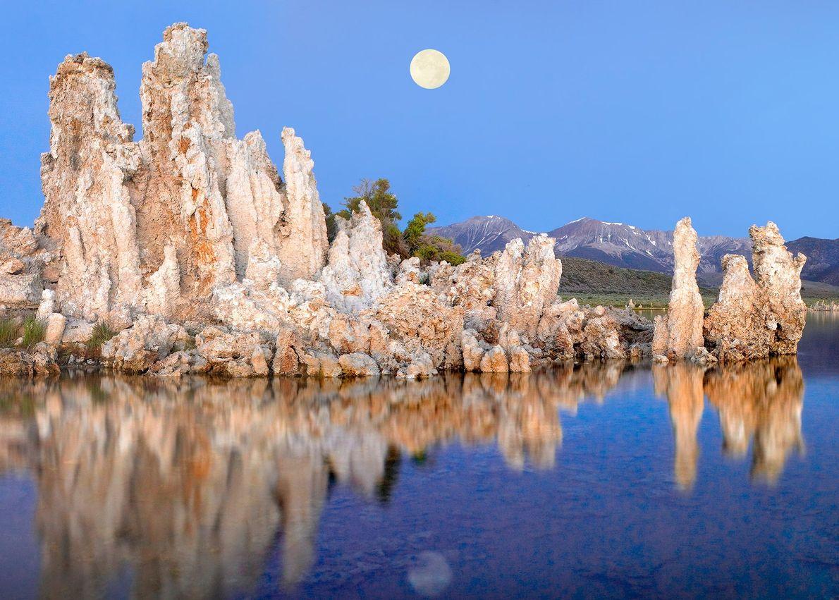 O Mono Lake, na Califórnia, é um substituto da Terra para o planeta Marte de quatro ...