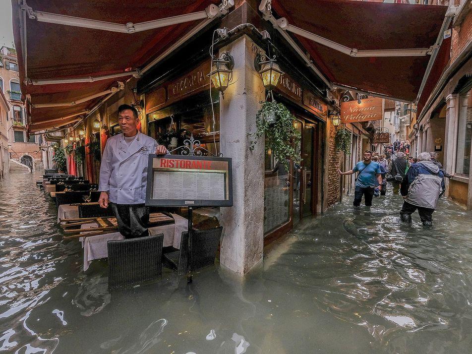 Fotos dramáticas revelam a recente inundação em Veneza