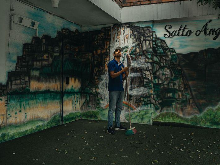 Moises Garcia, de Caracas, na Venezuela, vive em Cúcuta há mais de um ano. Ele conseguiu ...