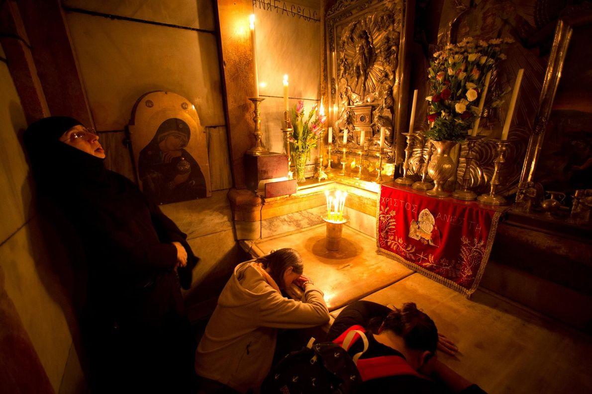 05-tumulo-de-jesus-cristo-igreja-do-santo-sepulcro