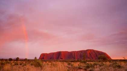 Austrália está banindo a escalada em famoso monumento natural
