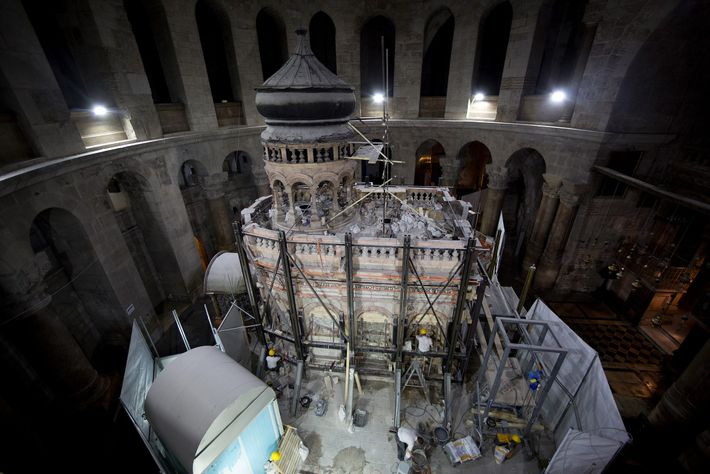 tumulo-de-jesus-igreja-do-santo-sepulcro
