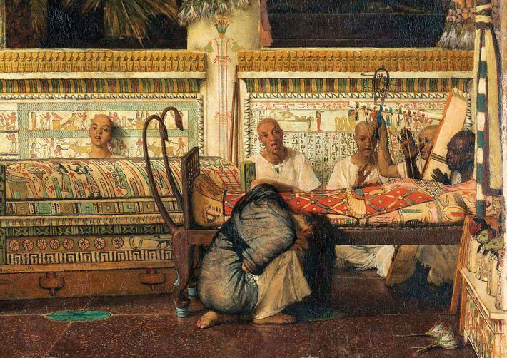 Uma viúva egípcia vela seu marido mumificado nesta obra de 1872, por Lawrence Alma-Tadema. Apesar de ...