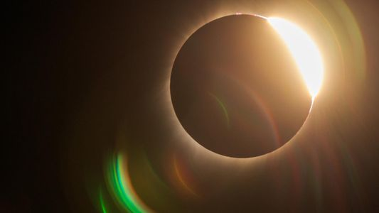As nossas melhores fotos do eclipse total que atravessou os EUA