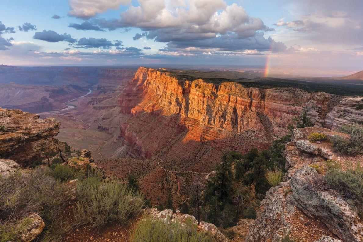 Parque Nacional do Grand Canyon, Estados Unidos A vista de Lipan Point compensa o pequeno desvio da ...