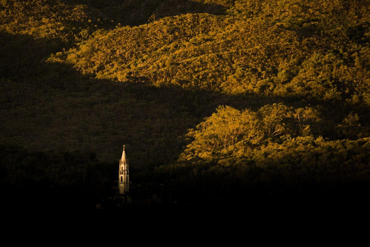 sua-foto-170806-santuario-do-caraca-serra-do-caraca