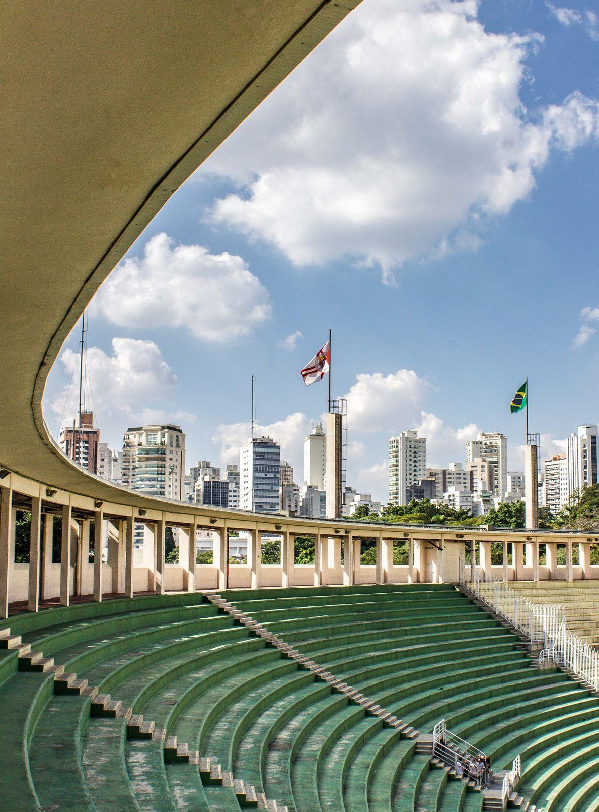 Estádio municipal Cícero Pompeu de Toledo, o Pacaembu, um símbolo de São Paulo (SP).