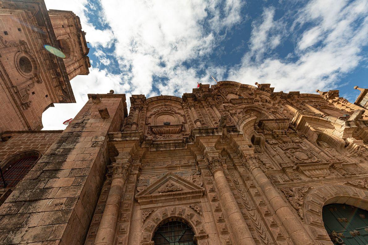 Igreja da Companhia de jesus, construída em 1668 em Cusco, no Peru, pelos arquitetos Flemish Juan ...