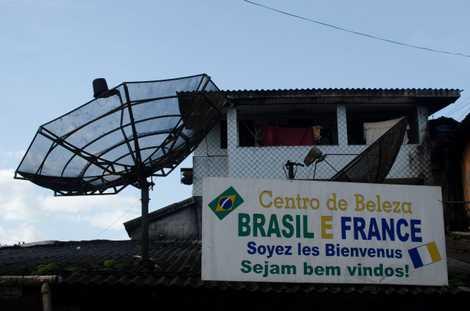 Onde a Amazônia brasileira encontra a França: a vida na fronteira Oiapoque-Saint-Georges