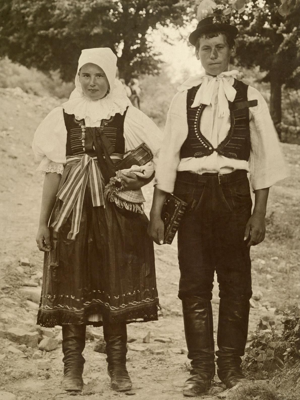 noiva-e-noivo-arquivo-de-casamento