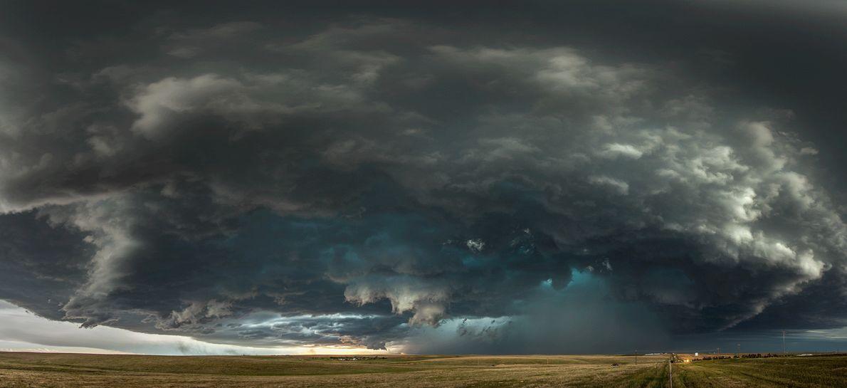Foto de nuvens carregados no Colorado, EUA