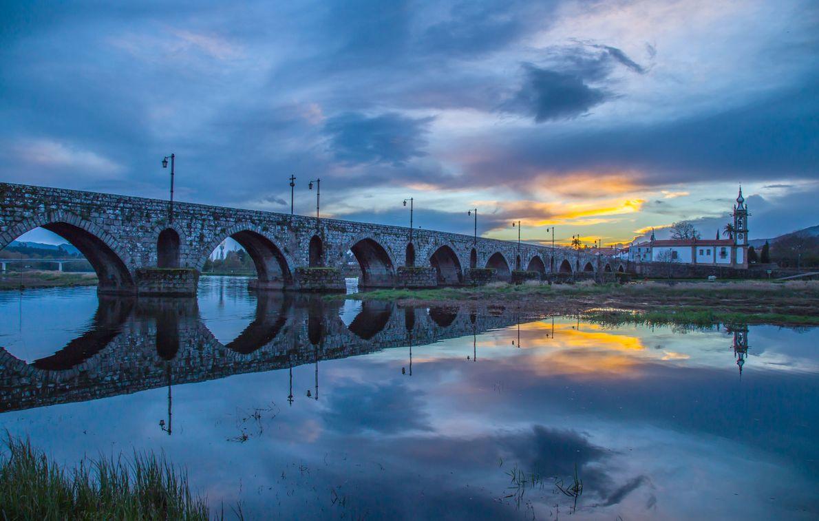 por-do-sol-ponte-de-lima-portugal