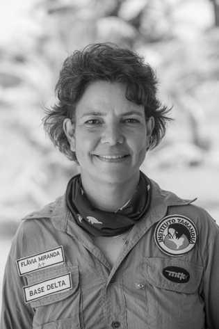 Flávia Miranda é médico-veterinária, professora da Universidade Estadual de Santa Cruz em Ilhéus (BA) e fundadora ...