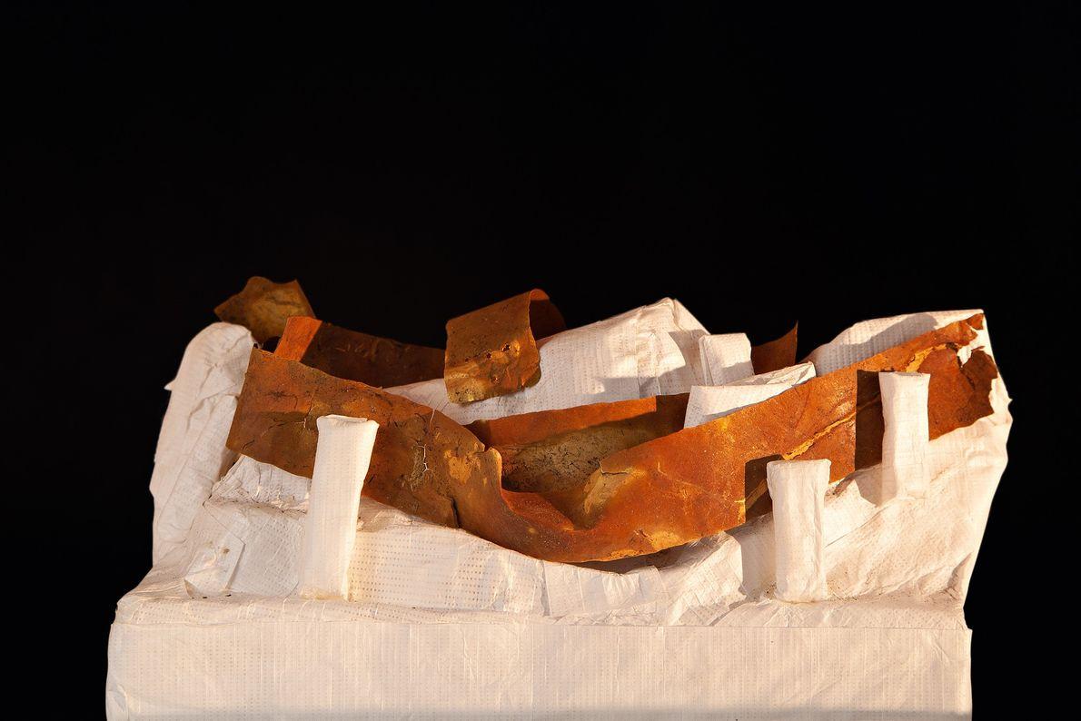 Cinta de metal da primeira fase diaguita (800-1.000 d.C.) encontrado em El Olivar. As primeiras comunidades ...