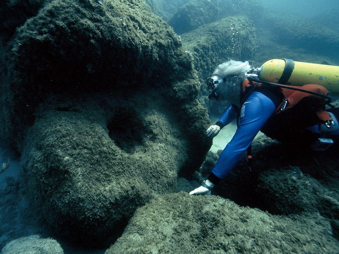 ruínas-de-cesareia-subaquatica