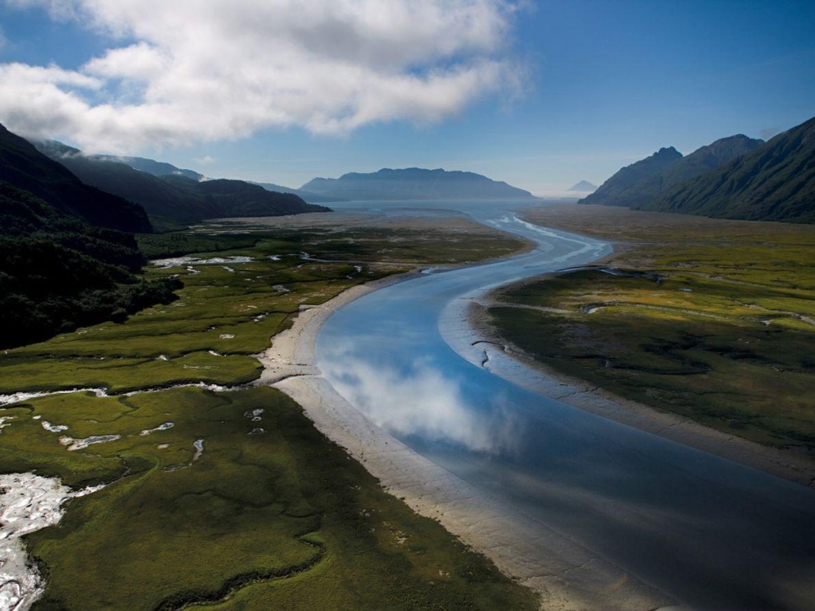 Iniskin Bay, Alaska