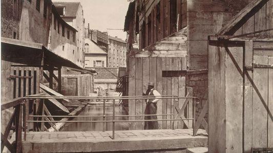 Parisienses querem recuperar rio lendário soterrado sob concreto