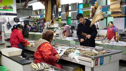 Coronavírus e choque cultural: a vida dos brasileiros na maior cidade da China