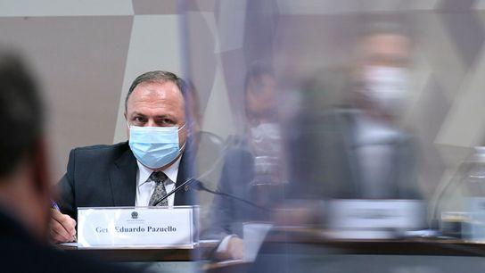 Ex-ministro da saúde Eduardo Pazuello depõe na Comissão Parlamentar de Inquérito do Senado, que investiga os ...