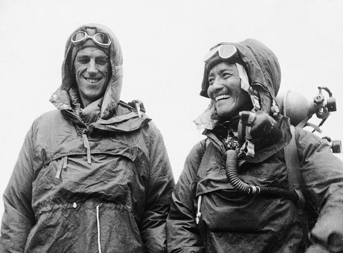 primeiros alpinistas a chegar no Everest